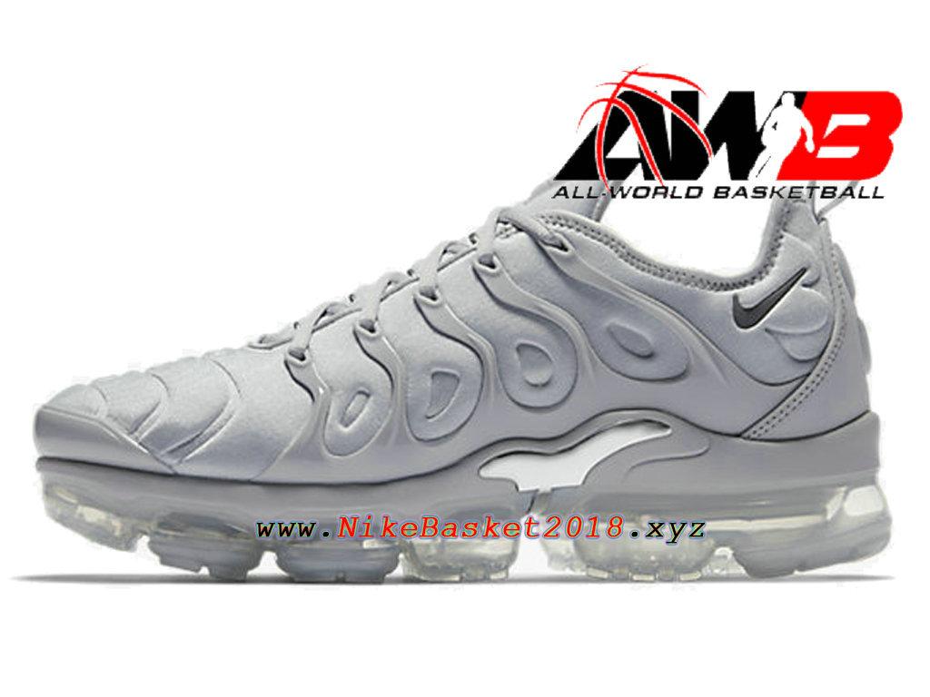 chaussures de basketball pas cher pour homme nike air vapormax plus 2018 noir blanc 1803080909. Black Bedroom Furniture Sets. Home Design Ideas
